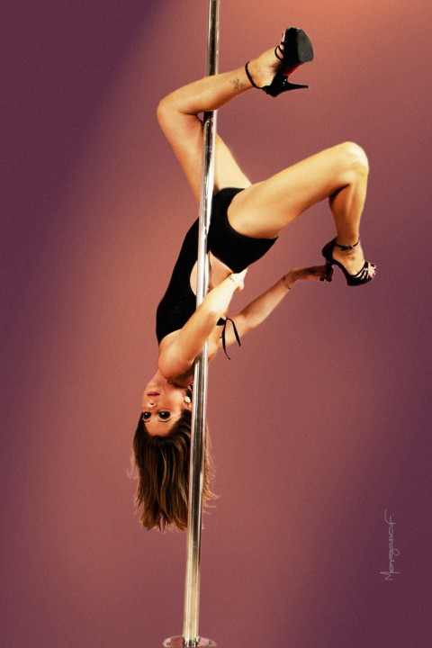 morgana-festugato-pole-dance-photography-007
