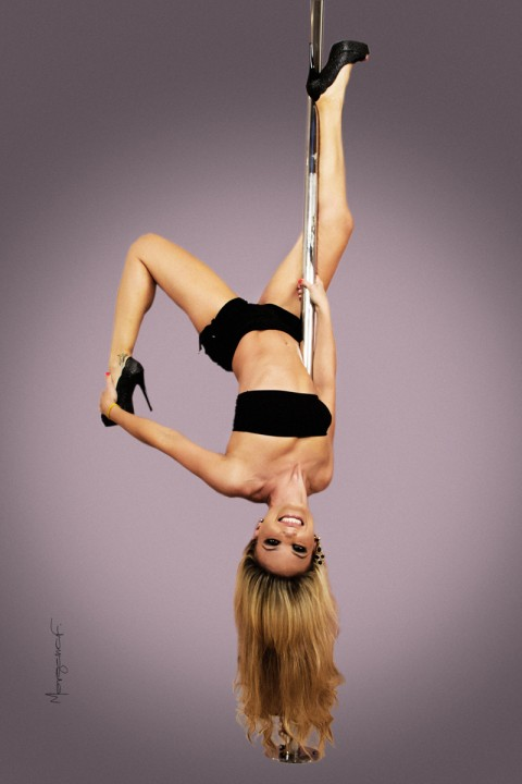 morgana-festugato-pole-dance-photography-008