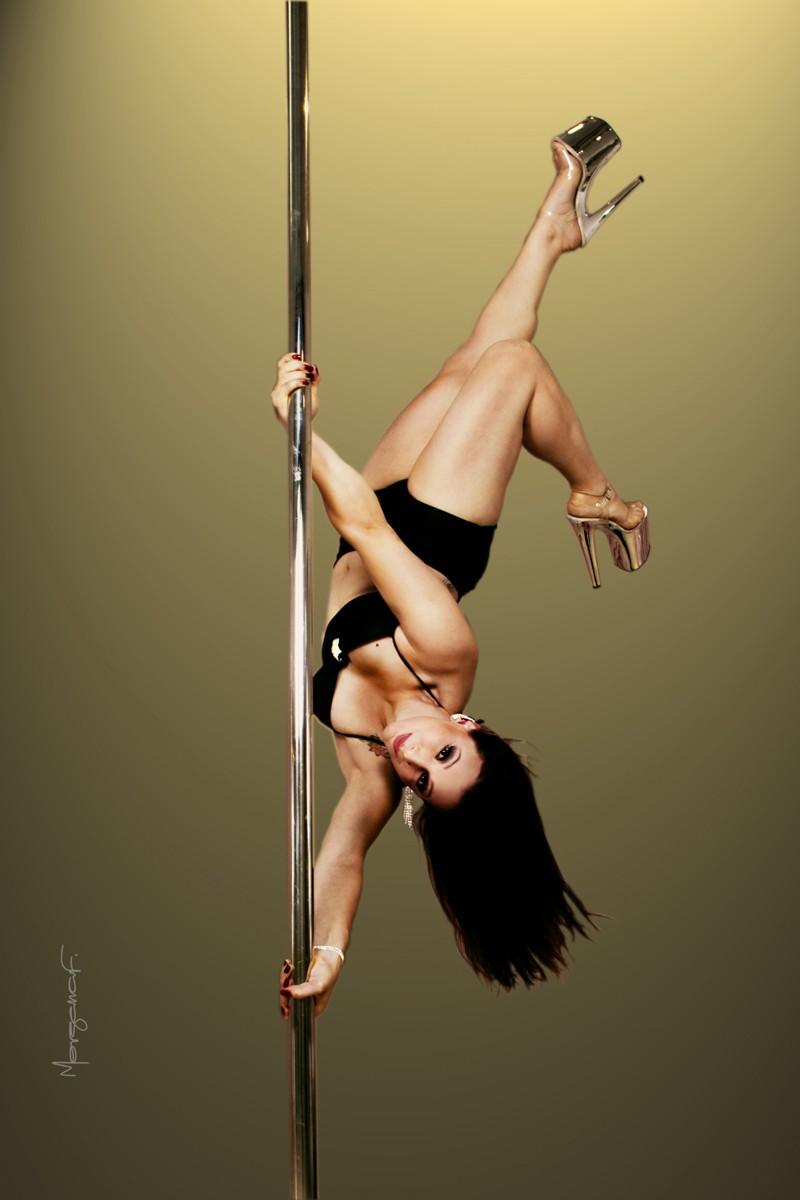 morgana-festugato-pole-dance-photography-012